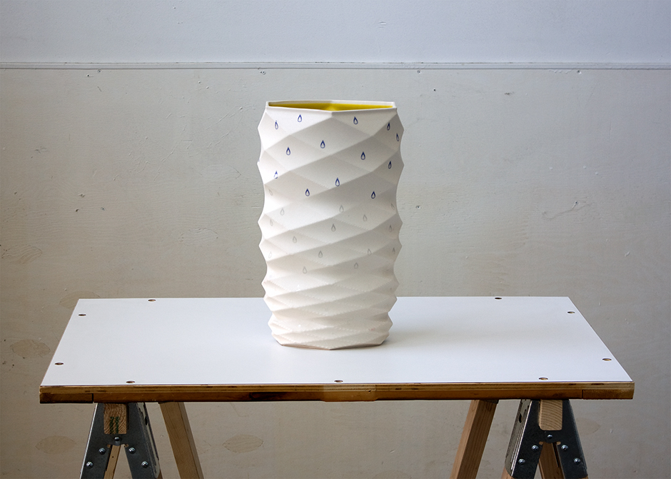 Spiral Vase With Drops The Matter Factory